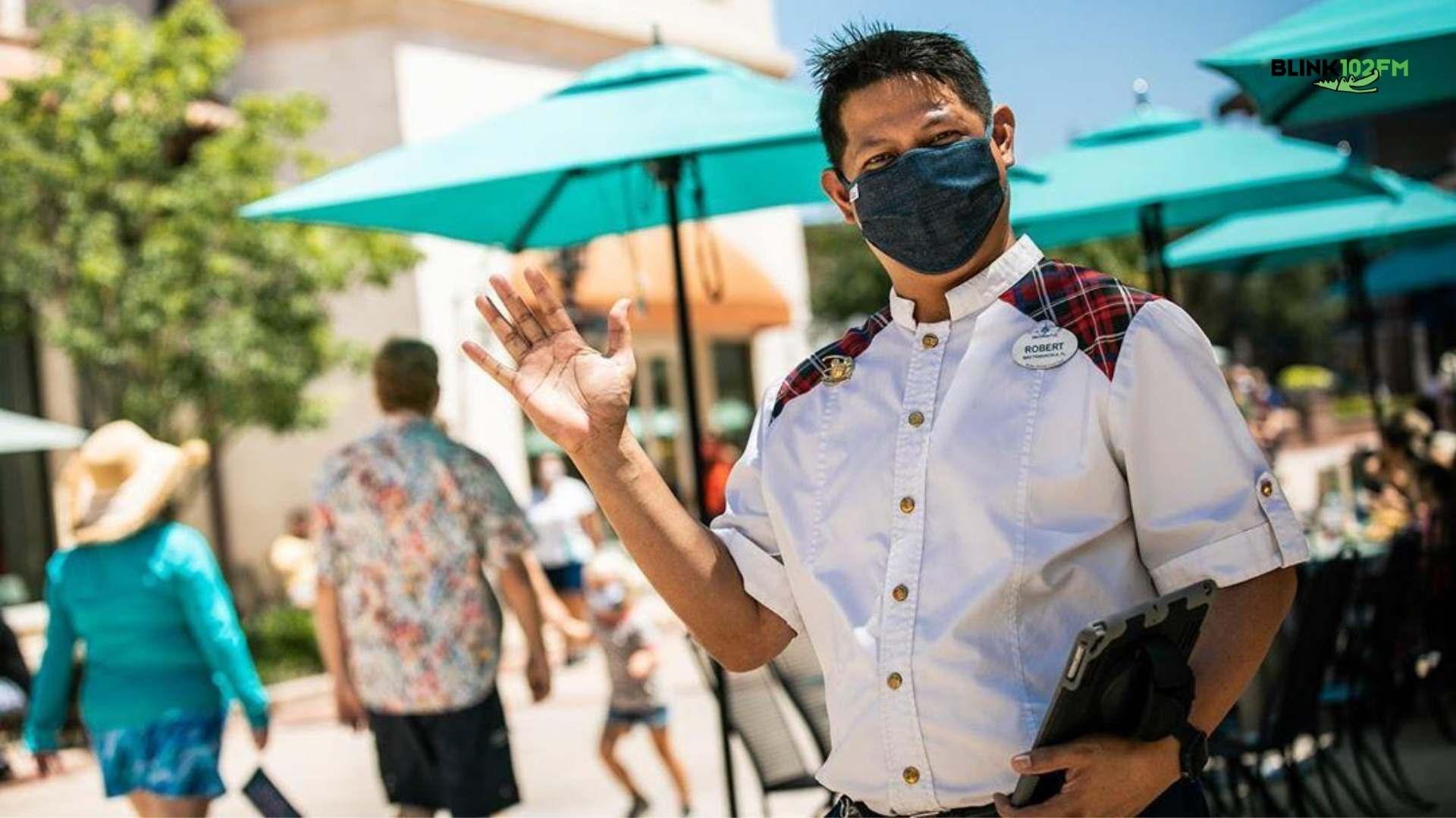 Disney obriga todos a usar máscara