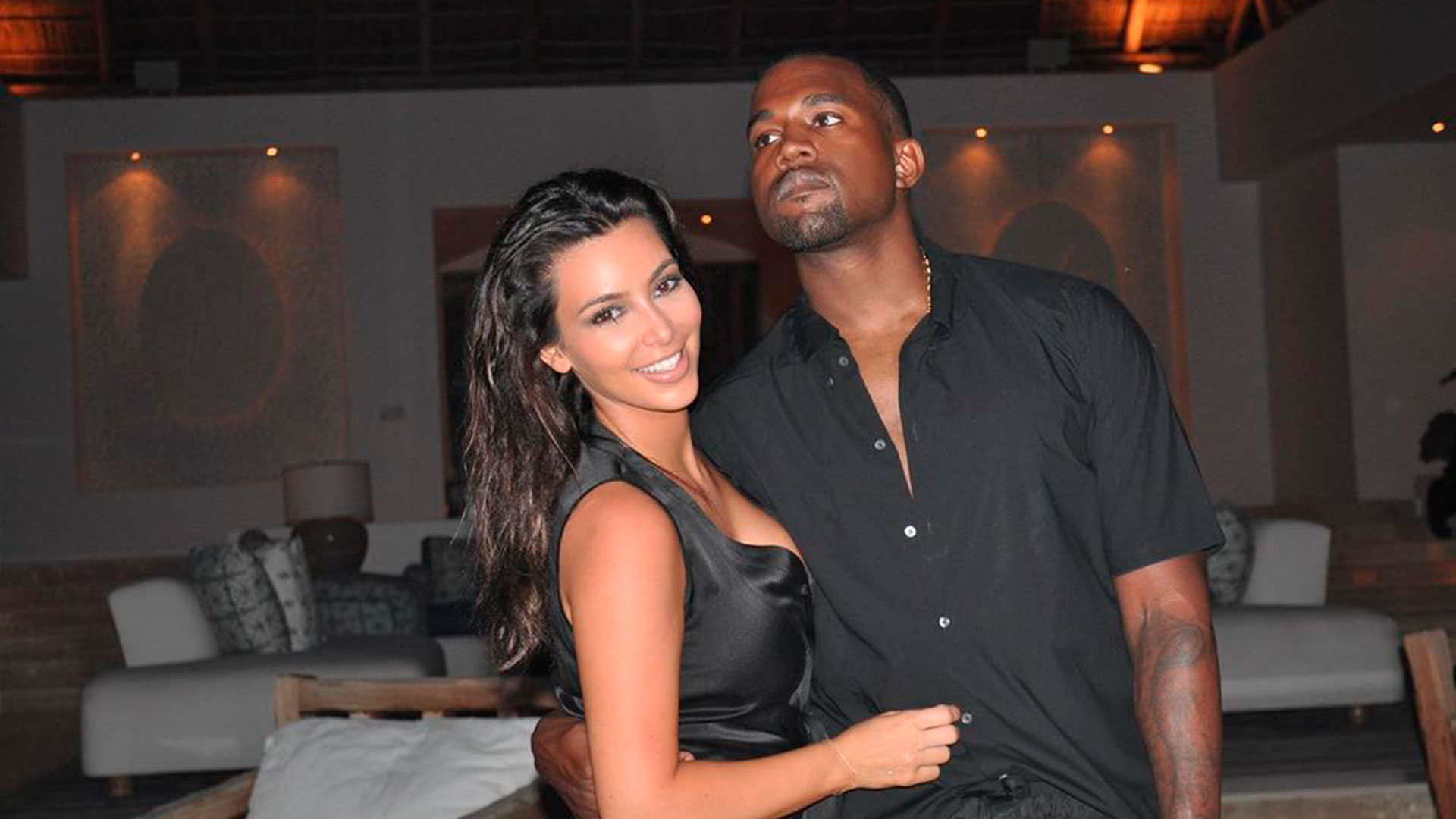 Kanye West vacilou com Kim Kardashian, mas apagou a prova