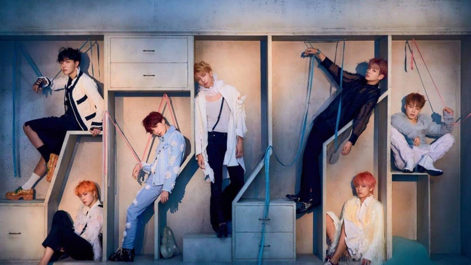 BTS cantando e desta vez não é em coreano!