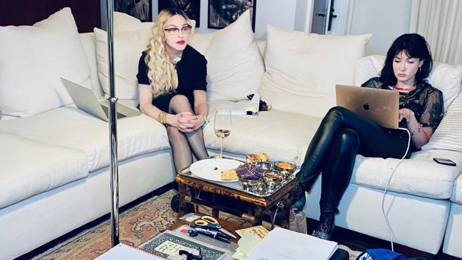 Madonna ataca de produtora em novo projeto. Confira!