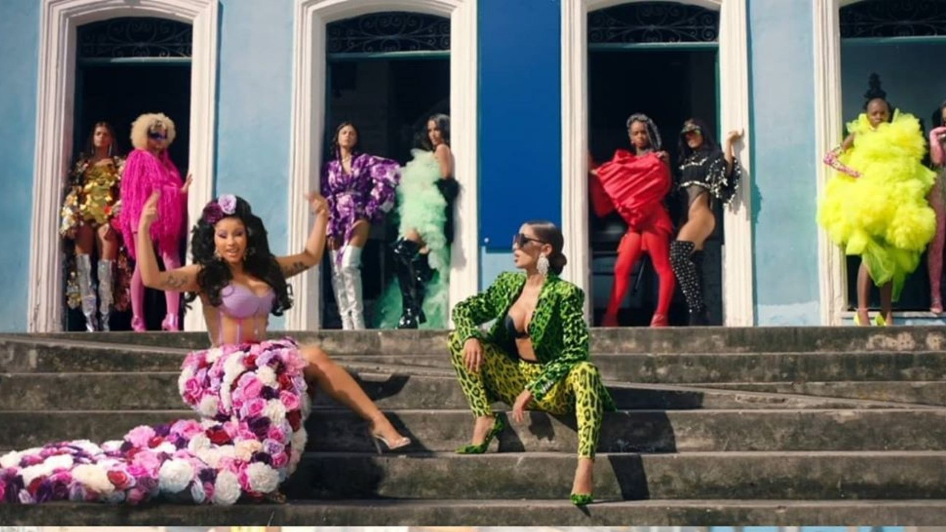 """""""Me Gusta"""" Novo clipe da Anitta em parceira com Cardi B e Myke Towers."""