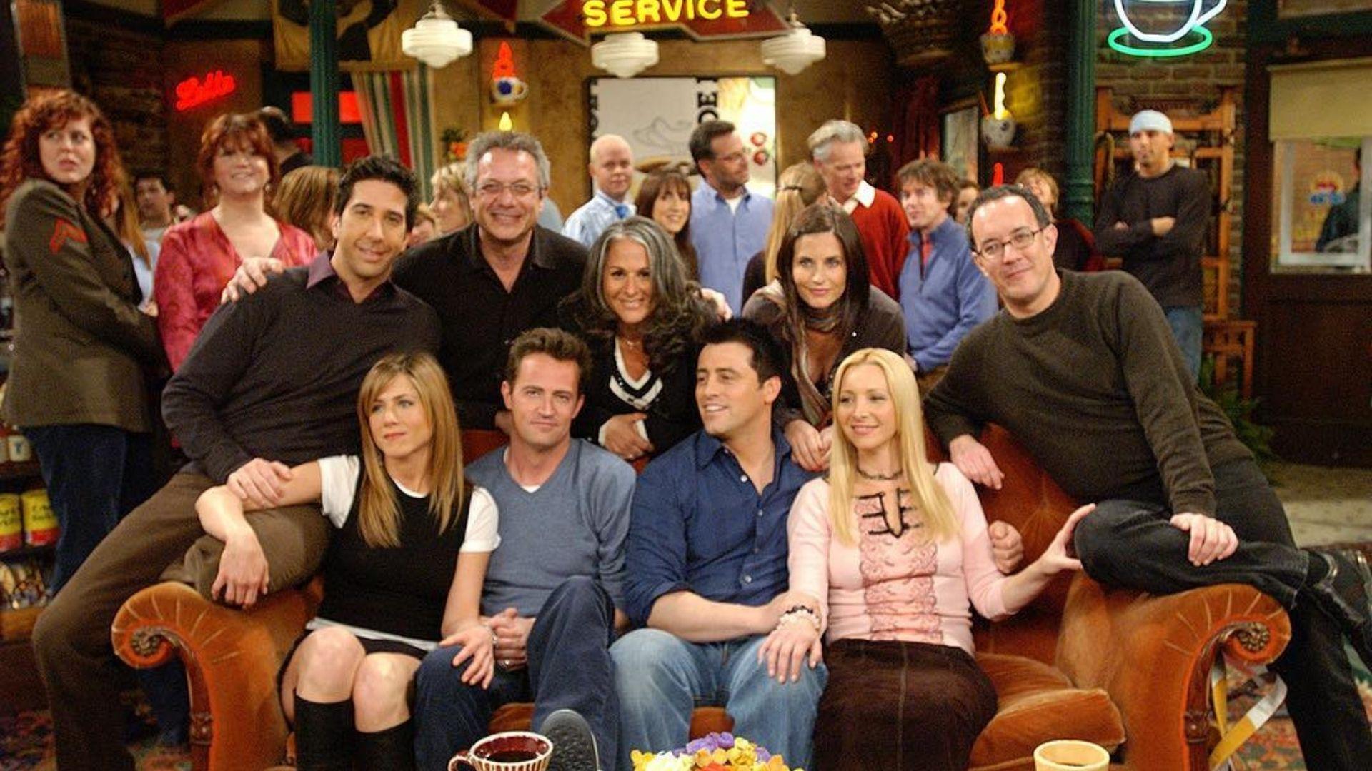 """Reunião de """"Friends"""" é adiada novamente"""